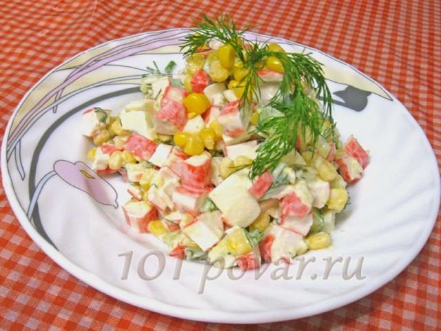 Наша весенняя версия крабового салата готова