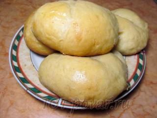 Духовые пирожки с вишневой начинкой
