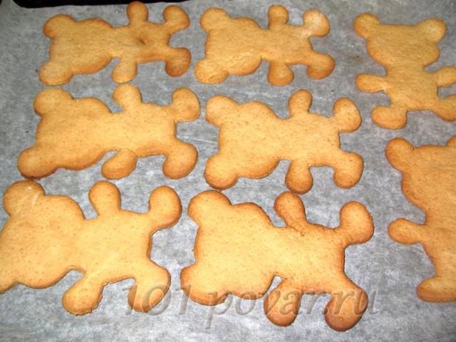 Ароматное медовое печенье с корицей и имбирем