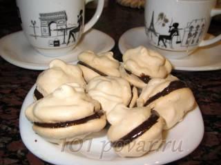 Безе с шоколадно-кофейным кремом